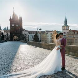 Dina Deykun Wedding Photographer in Prague